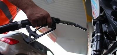 «Никаких проблем с топливом нет», -  заявляют работники АЗС!